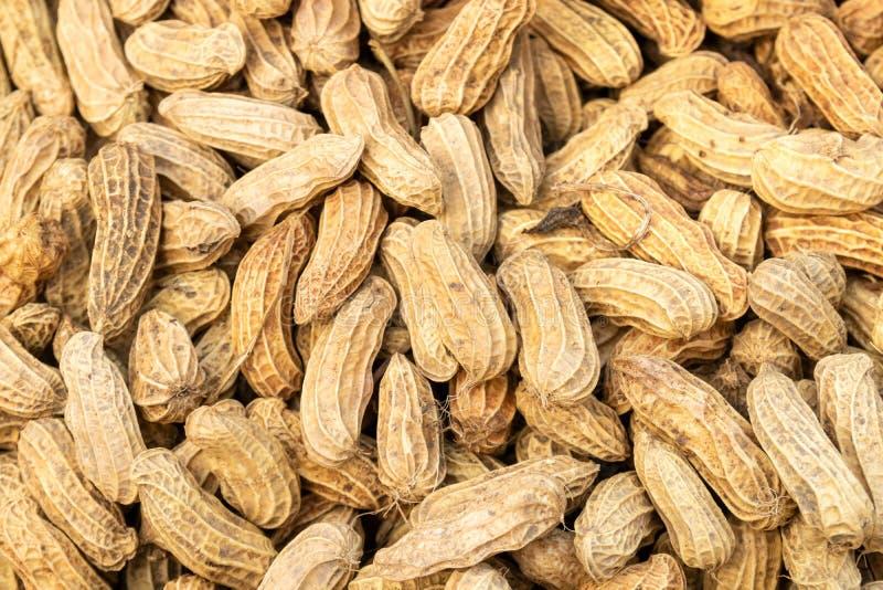 Взгляд сверху зажаренной в духовке предпосылки арахисов стоковые изображения rf