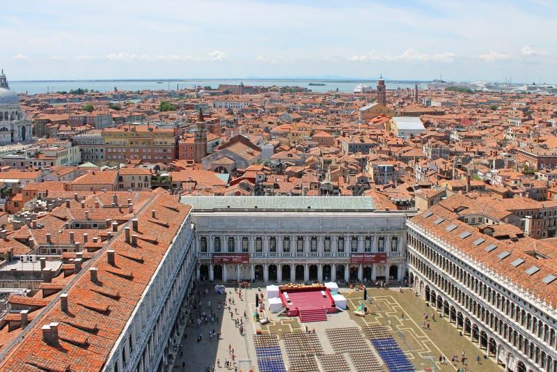 Взгляд сверху квадрата St Mark в Венеции Италии стоковые фото