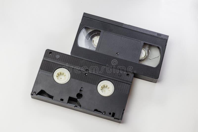 Взгляд сверху, путь клиппирования На белой предпосылке отсутствие изоляции Прозрачный план дизайна тела кассеты VHS Ретро видео к стоковые изображения