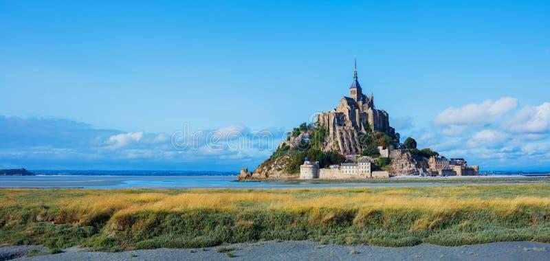 Взгляд Святого Мишеля Mont, Нормандии Франции панорама стоковое фото