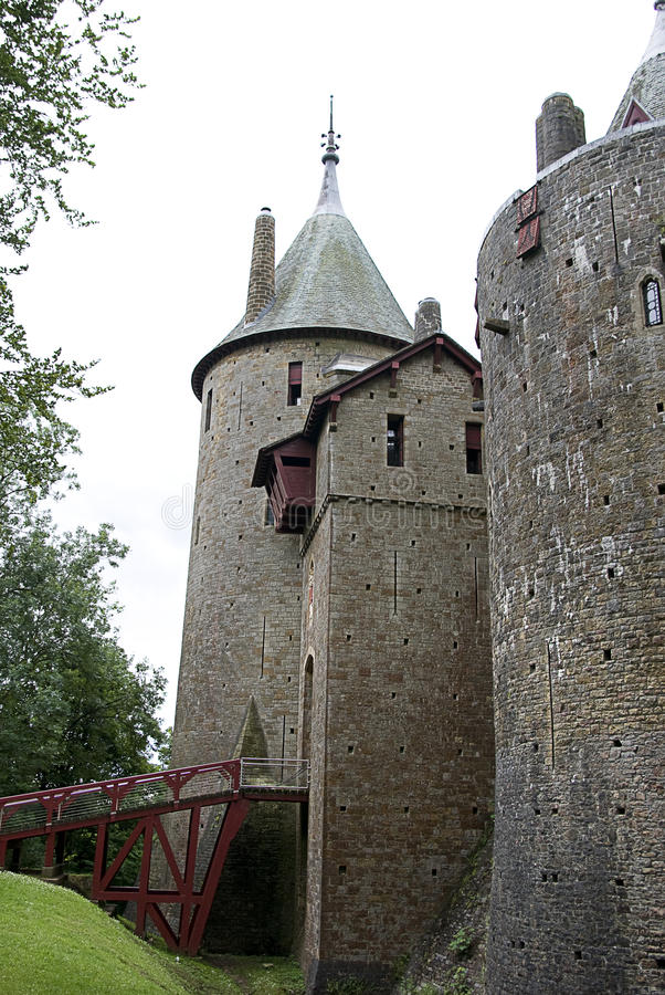 Взгляд со стороны Coch замока стоковая фотография rf
