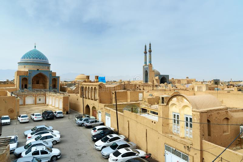 Взгляд старого города от крыши в Yazd, Иране стоковое изображение