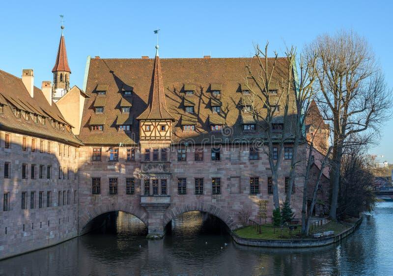 Взгляд старых домов на реке в Нюрнберге стоковое фото