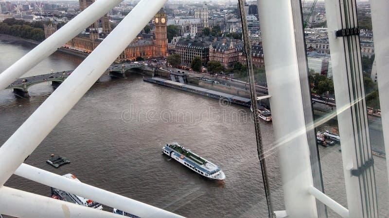Взгляд Темзы от глаза Лондона стоковое изображение rf