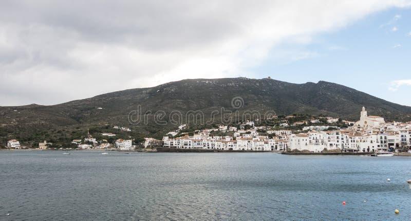 Взгляд типичной побеленной деревни  Испанское среднеземноморское r стоковые изображения rf
