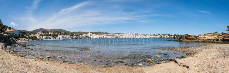 Взгляд типичной побеленной деревни  Испанское среднеземноморское r стоковое изображение rf