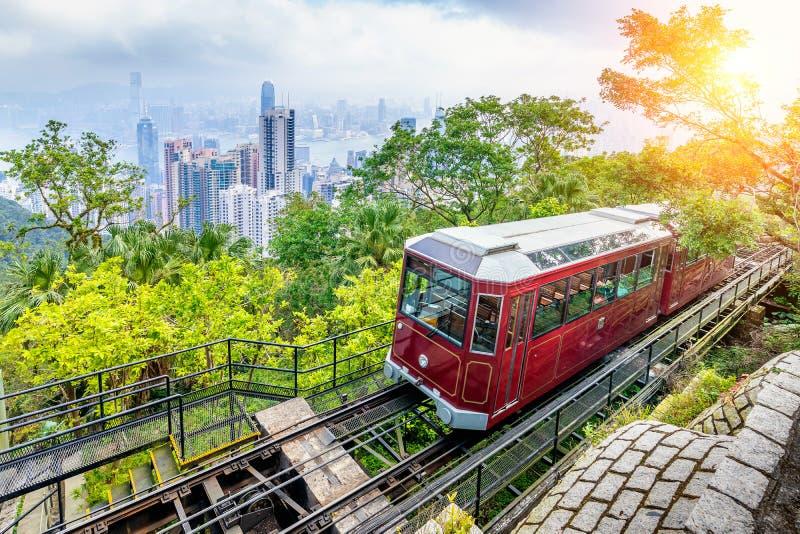 Взгляд трамвая пика Виктория в Гонконге стоковое изображение rf