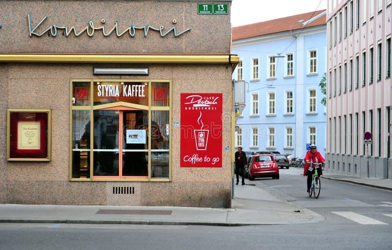Взгляд угла улицы в Граце, Австрии стоковое фото rf