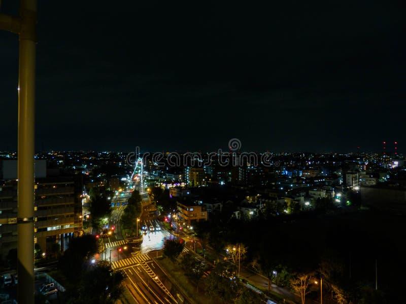 Взгляд улицы на ноче стоковое фото