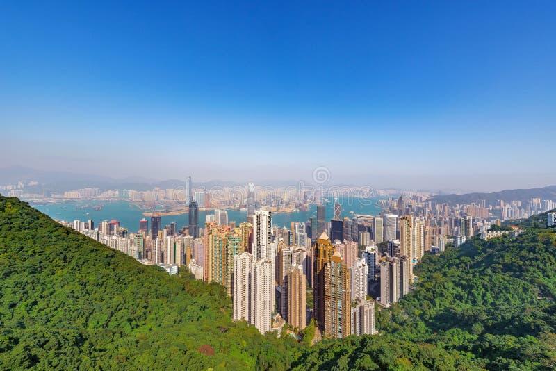 Взгляд центра города Гонконга от пика Виктории стоковое фото