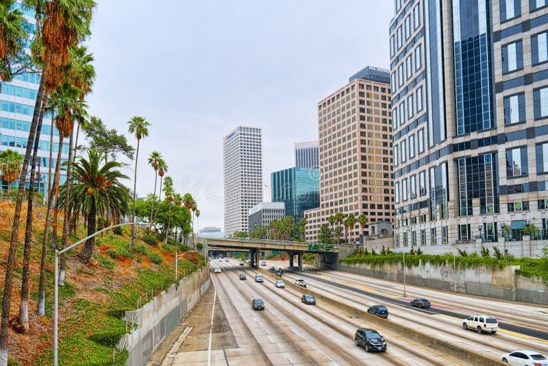 Взгляд центра города Лос Ангелоса, в дневном времени стоковое изображение