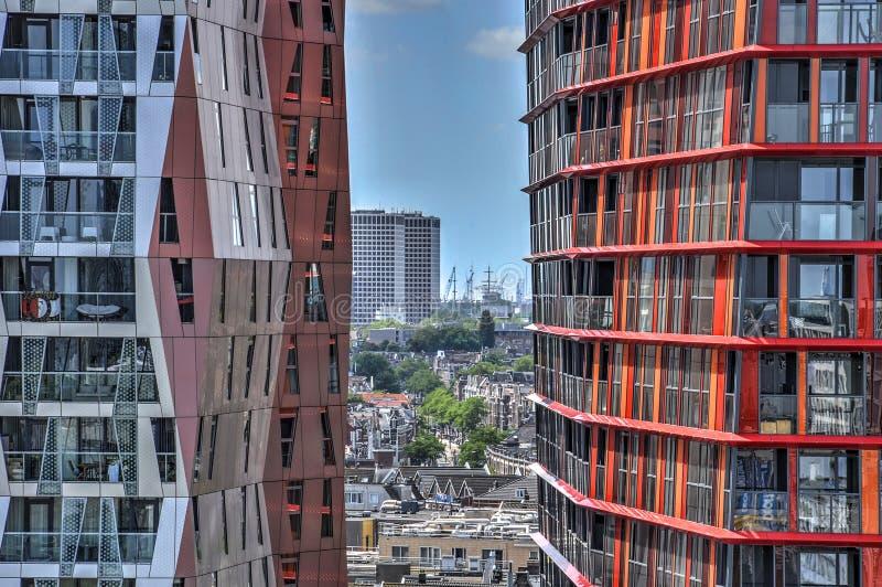 Взгляд через башни калипсо стоковые фотографии rf