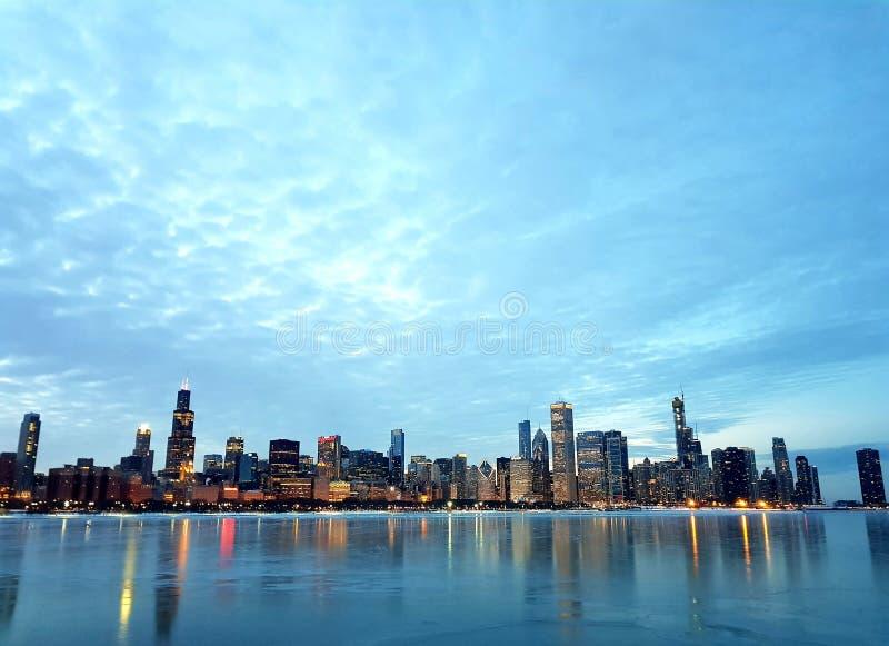 Взгляд Чикаго городской и озеро Мичиган стоковые изображения rf