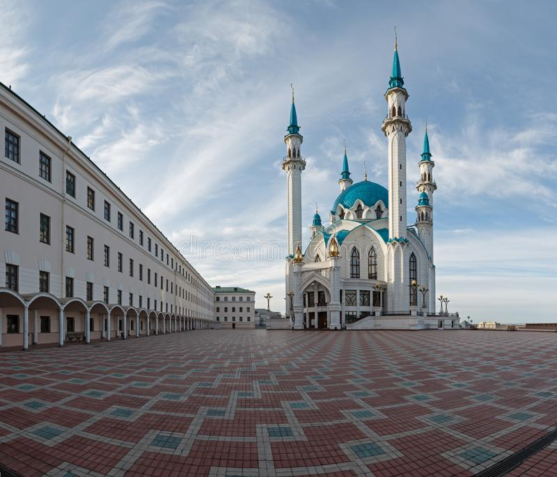 Взгляд col-Sharif собора мечети Казани Кремля стоковое изображение rf