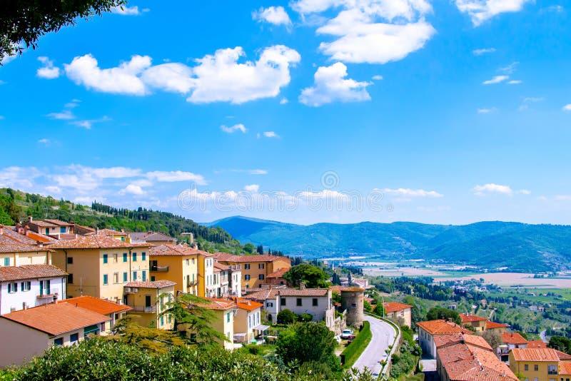 Взгляд Cortona, средневекового городка в Тоскане, Италии стоковые изображения