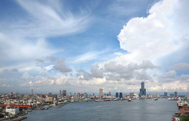 взгляд kaohsiung гавани стоковое фото rf