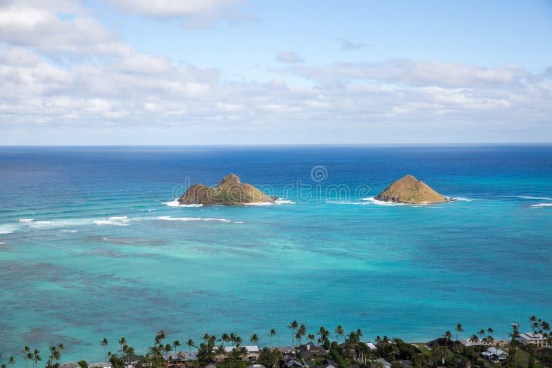 Взгляд Lanikai от тропы Kailua Гаваи коробочки для таблеток в d стоковая фотография