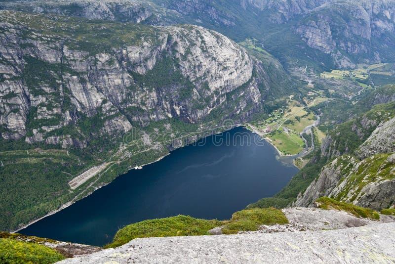 взгляд lysefjord стоковая фотография