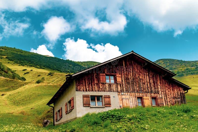 Взгляд Malbun, лыжный курорт в Лихтенштейне стоковое фото