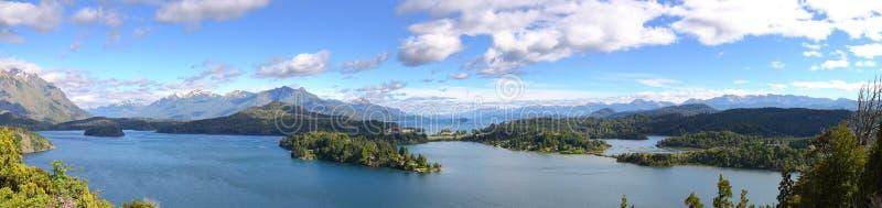 взгляд nahuel озера huapi панорамный стоковое фото