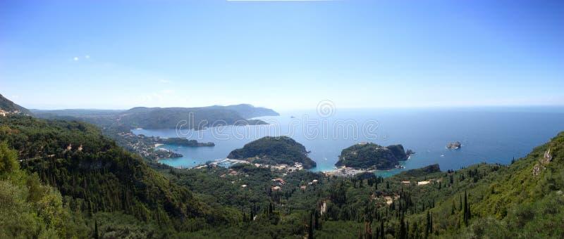 взгляд paleokastritsa панорамный стоковые фотографии rf
