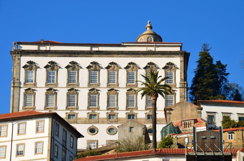 Взгляд Ribeira от Vila Новы de Gaia Порту стоковая фотография