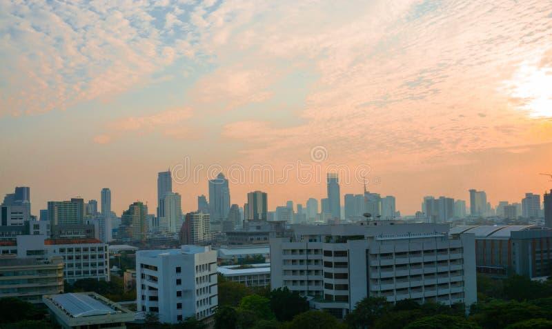 Взгляд Бангкока в вечере стоковое изображение rf