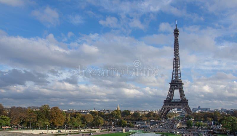 взгляд башни eiffel Франции paris стоковые фотографии rf