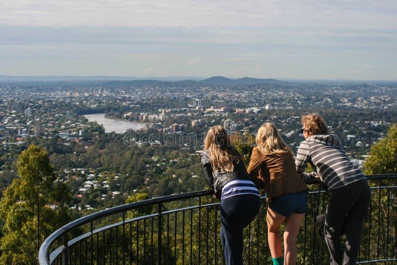 Взгляд Брисбена от Mt Точка зрения простофили-tha стоковые изображения rf