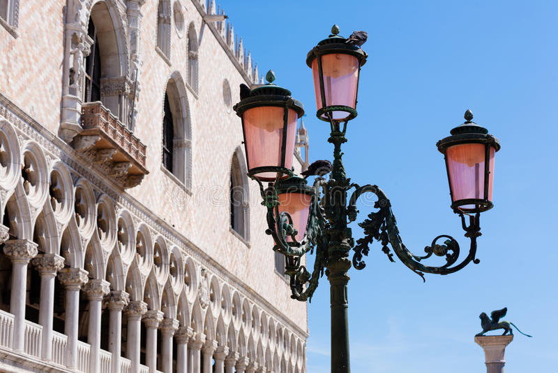Взгляд дворца дожа, Италия стоковые фото