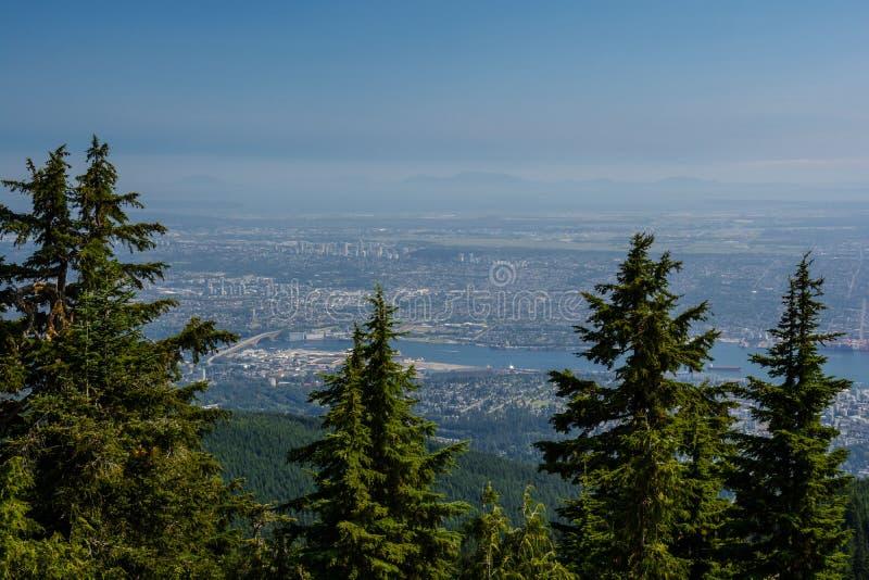 Взгляд в Ванкувере от горы Graus стоковое изображение rf