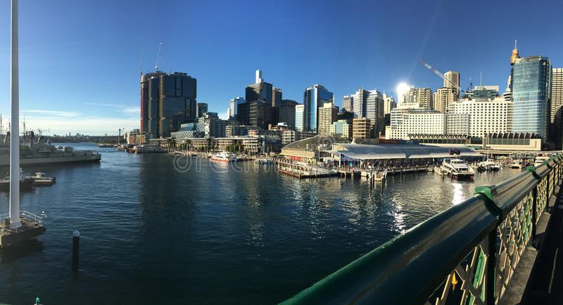 Взгляд гавани от моста Pyrmont стоковое фото rf
