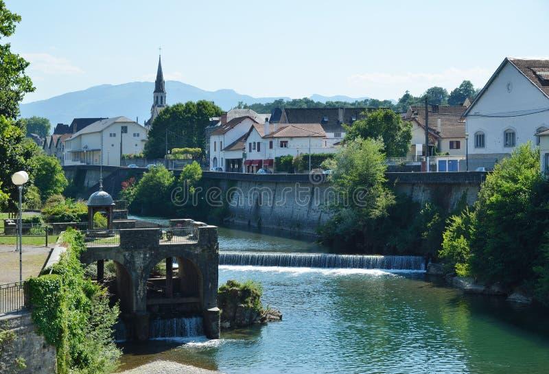 Взгляд лета баскского городка Mauleon-Licharre стоковое фото
