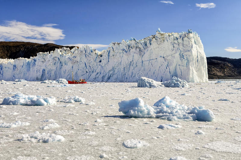 Взгляд ледника Eqi в Гренландии стоковое фото rf