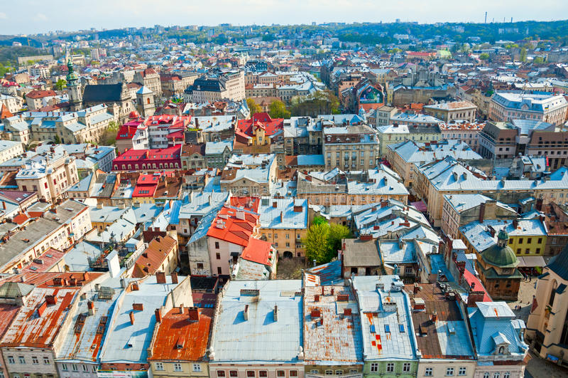 Взгляд жилого района с домами и улицами сверху стоковые фотографии rf