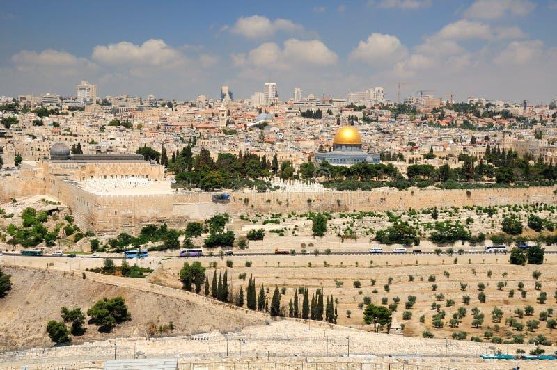 Download Взгляд Иерусалима стоковое фото. изображение насчитывающей оливки - 41650370
