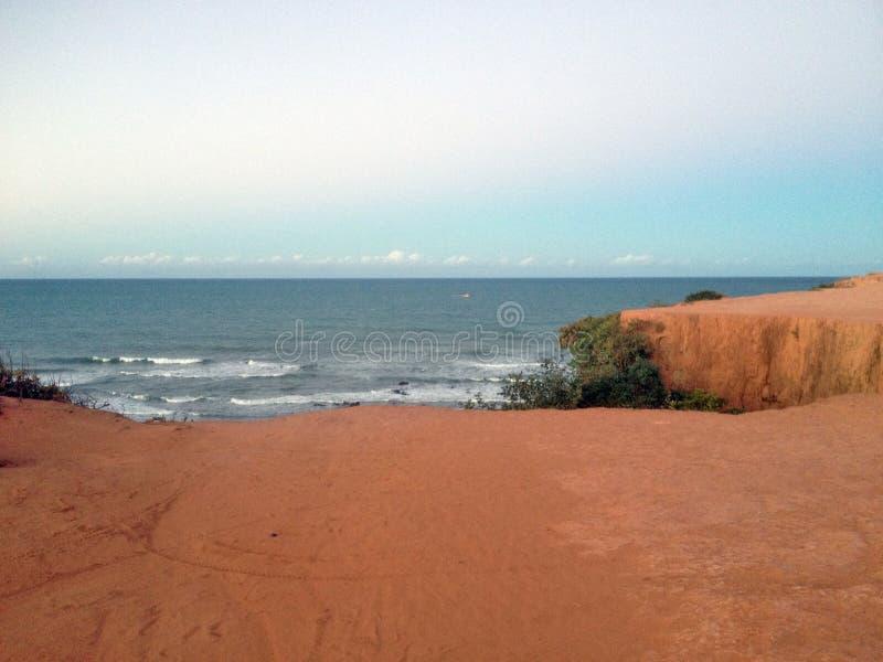 Download Взгляд известного пляжа пипы - для сети Стоковое Фото - изображение насчитывающей море, тишь: 81807494