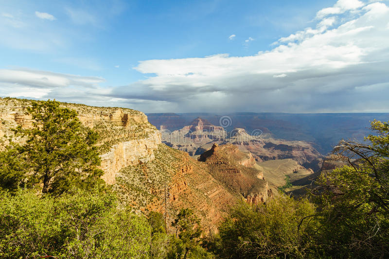 взгляд каньона грандиозный стоковые фотографии rf