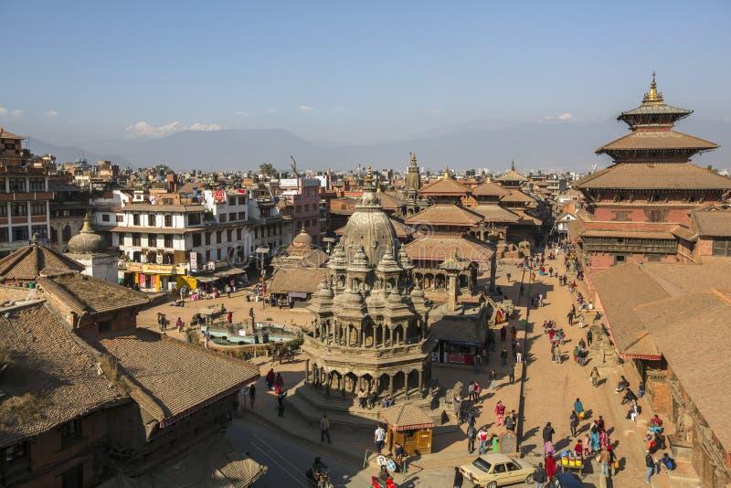 Взгляд квадрата Patan Durbar Оно один из 3 королевских городов в Катманду, очень популярном пятне для туристов стоковое изображение rf