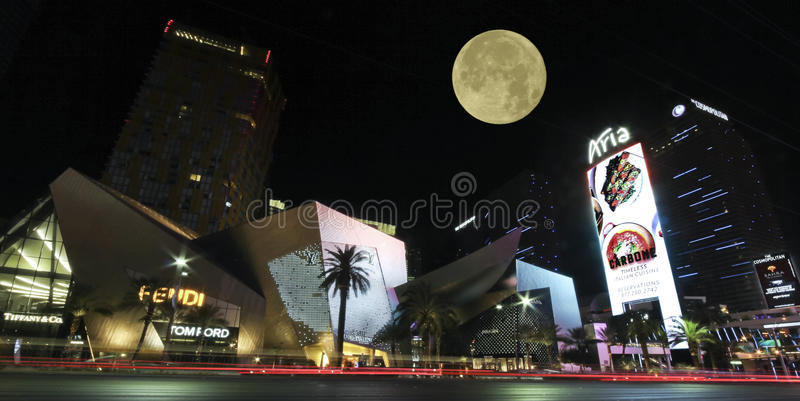 Взгляд кристаллов, Лас Вегас Боулевард ночи стоковое фото rf