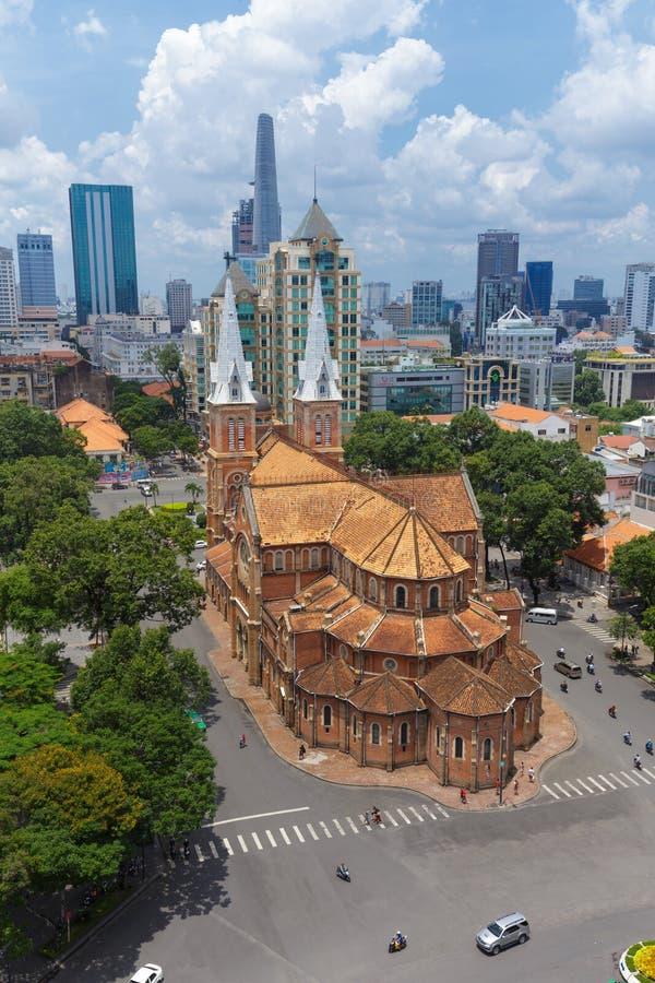 Взгляд крыши верхний высокий собора Нотр-Дам стоковое изображение