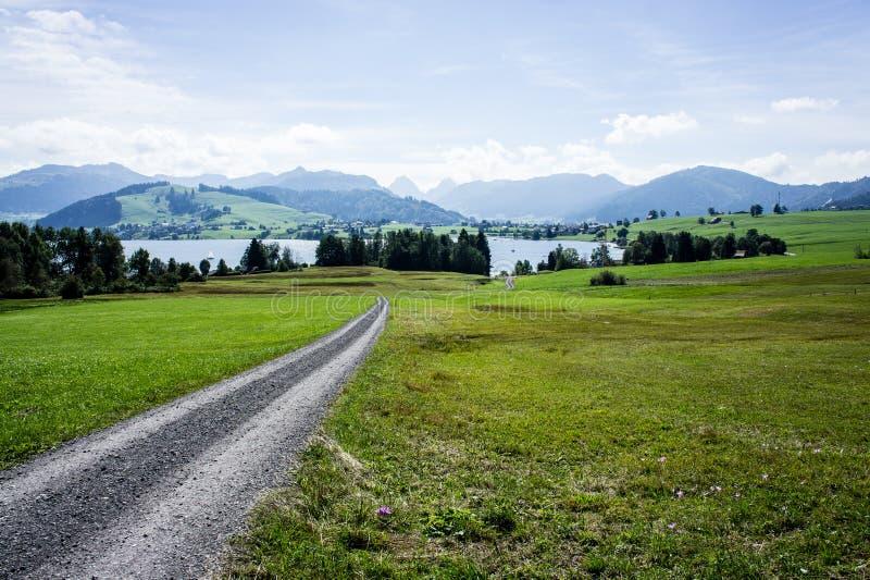 Взгляд к озеру Sihl стоковые фотографии rf