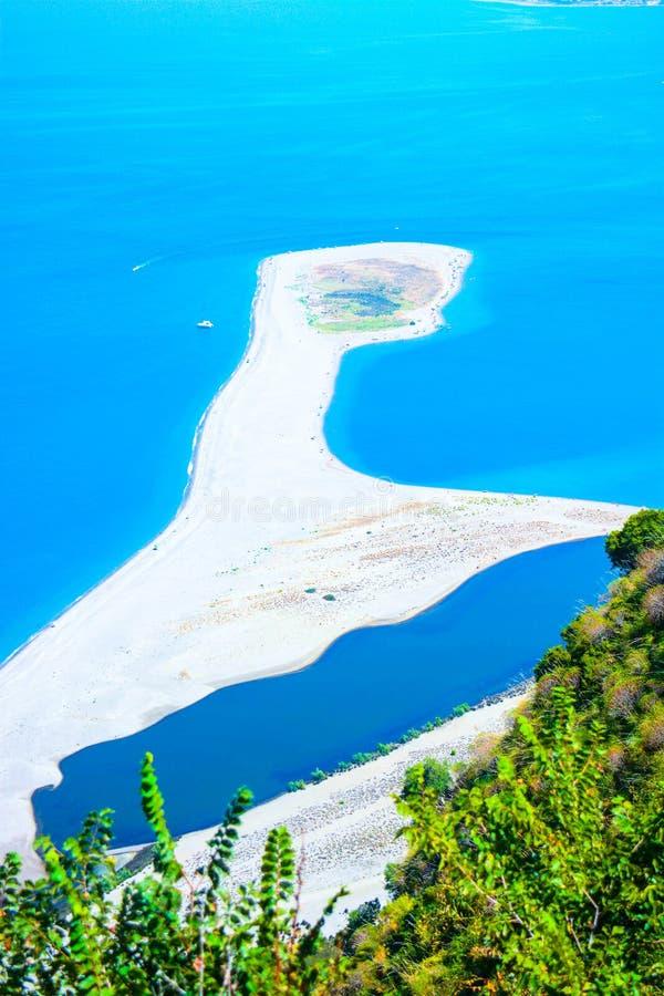 Взгляд моря итальянки tindari стоковые фотографии rf