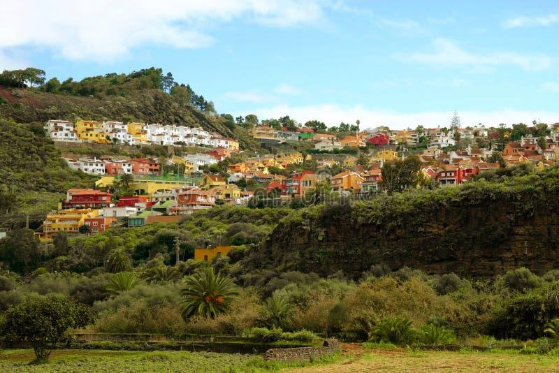 Взгляд на деревне в центральной части Канарских островов Gran Canaria, Испании - 13 02 2017 стоковые фото