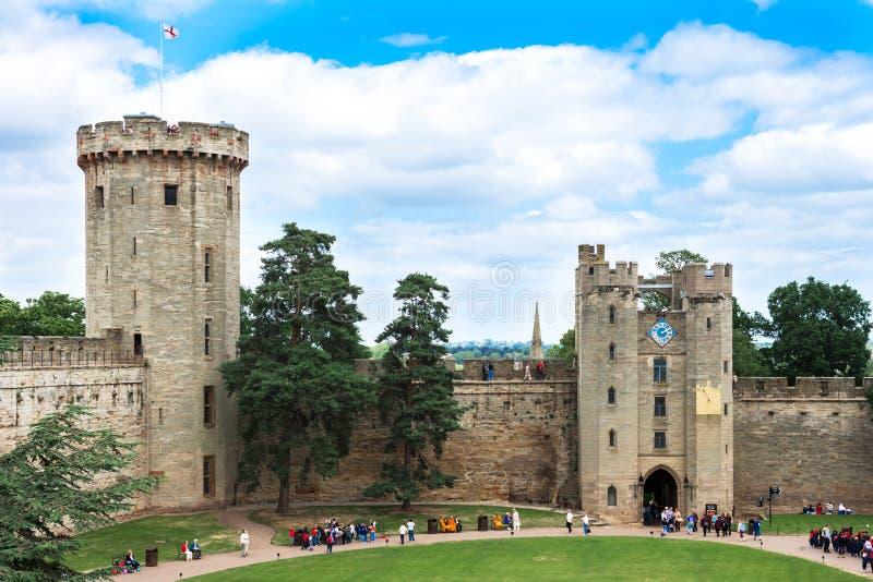 Взгляд над замком Warwick, Warwick, Великобританией стоковые изображения