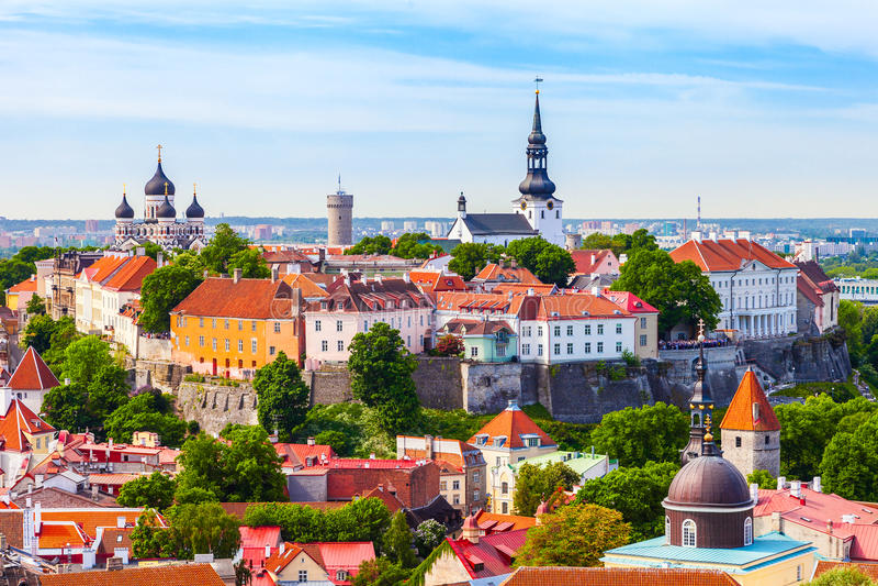 Взгляд на старом городе Таллина Эстонии стоковое изображение
