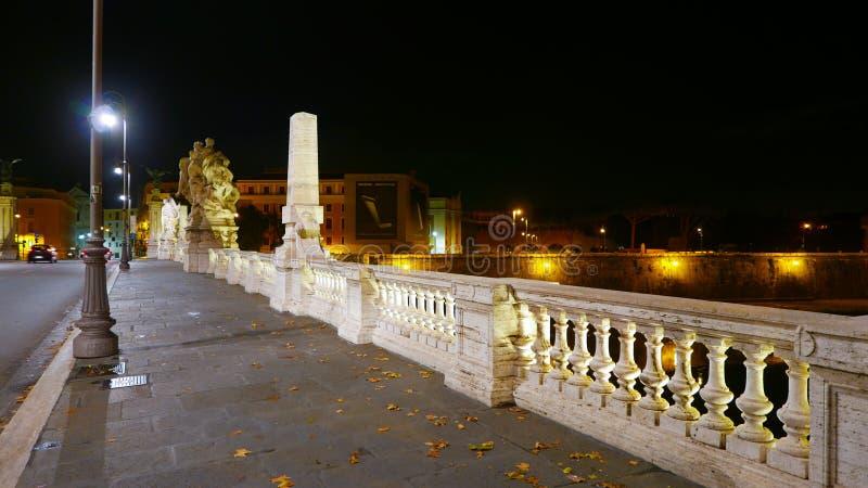 Download Взгляд над Castel Sant Angelo от красивых мостов над рекой Тибром в Риме Редакционное Изображение - изображение насчитывающей vatican, итальянско: 81807875