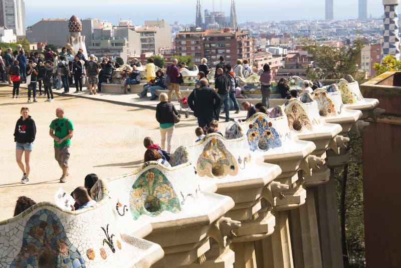 Взгляд над parque Guell в Барселоне, Испании стоковое фото