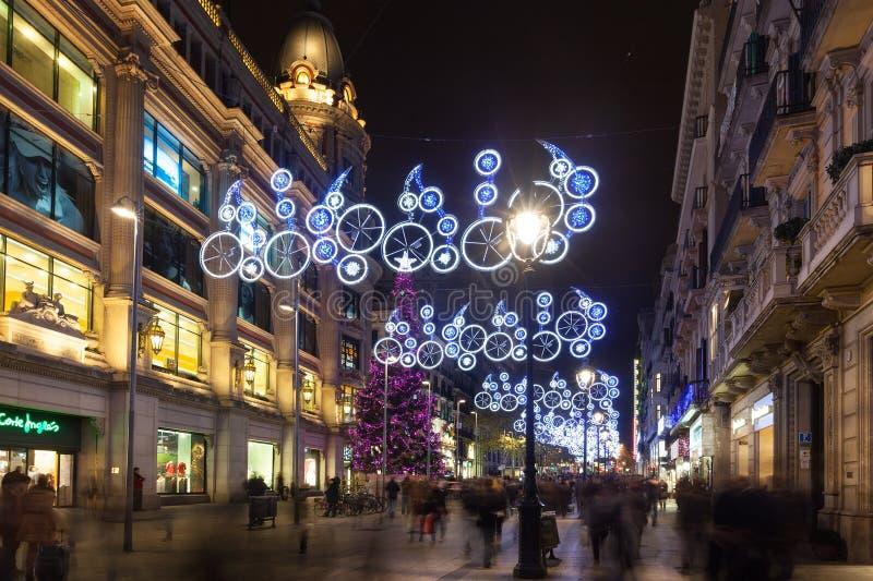 Взгляд ночи Барселоны в зиме стоковое фото