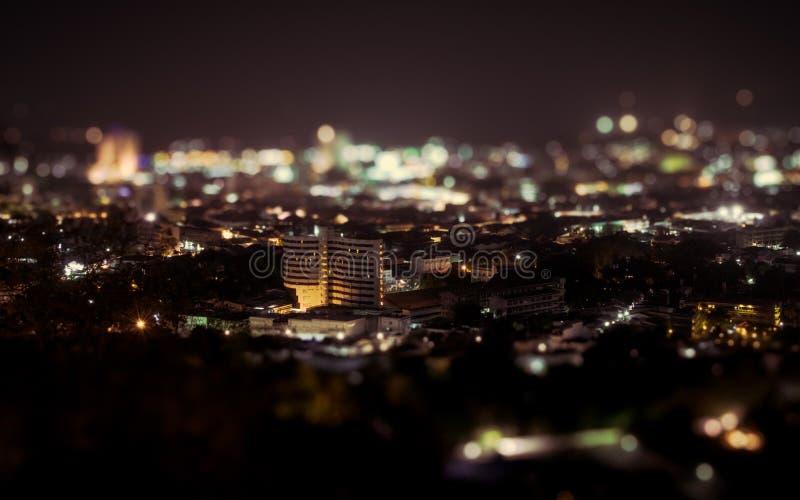 Взгляд ночи над городком Пхукета стоковая фотография